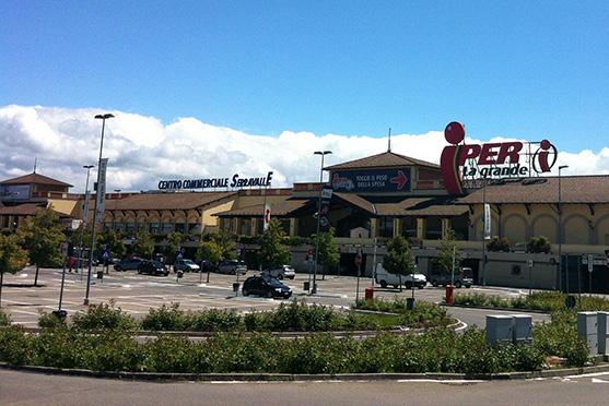 best cheap 44963 794dc Orari - Centro Commerciale Serravalle
